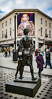 2019 10 21 Mother and Son, (Welsh, Mam a Mab, by Robert Thomas in Queen Street, Cardiff, Wales, UK