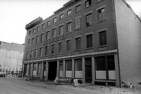 L'ancien edifice du Devoir apres le dememagement de 1972 (date inconnue en 1973)<br /> <br /> PHOTO : Agence Quebec Presse