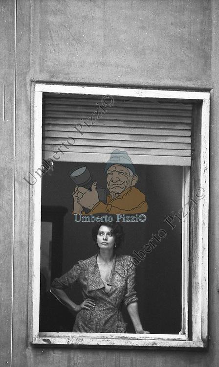 """SOFIA LOREN SUL SET DE """"UNA GIORNATA PARTICOLARE"""" ROMA 1977"""