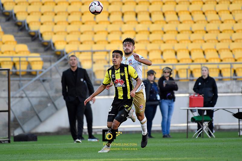Wellington Phoenix' Sarpreet Singh in action during the A League - Wellington Phoenix v Newcastle Jets at Westpac Stadium, Wellington, New Zealand on Sunday 21 October  2018. <br /> Photo by Masanori Udagawa. <br /> www.photowellington.photoshelter.com