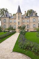 On the terrasse. Chateau Pichon Longueville Comtesse de Lalande, pauillac, Medoc, Bordeaux, France