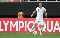 ZAPOPAN, MEXICO - MARCH 21: Jackson Yueill #6 of the United States looks for an open man downfield during a game between Dominican Republic and USMNT U-23 at Estadio Akron on March 21, 2021 in Zapopan, Mexico.