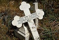 Nordzypern, zerstörter griechischer Friedhof