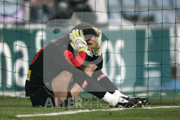 Mallorca's Dudu Aouate dejected during La Liga match. March 11, 2010. (ALTERPHOTOS/Alvaro Hernandez)