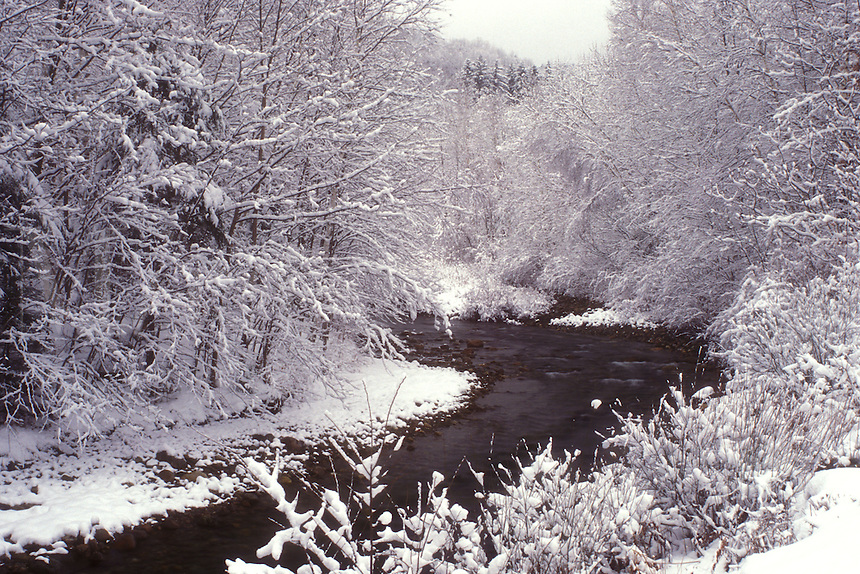 AJ5977, river, Green Mountain National Forest, winter scene, snow, Robbins Branch flows through the snowy woods on a wintry day in Hancock in Addison County in the state of Vermont.