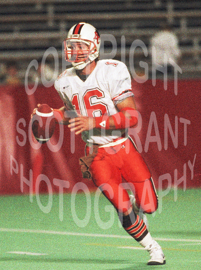 Matt Dunigan BC Lions quarterback. Copyright photograph Scott Grant