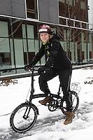 File photo - veronique Arsenault, coordon?natrice de projets à ENvironnement JEUnesse.<br /> <br /> Parmi les projets mis de l'avant par l'organisme, il y a 2 roues, 4 saisons.