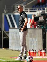 Trainer Adi Hütter (Eintracht Frankfurt)<br /> - 19.09.2020: Fussball  Bundesliga, Saison 20/21, Spieltag 1, Eintracht Frankfurt vs. Arminia Bielfeld, emonline, emspor, v.l. Deutsche Bank Park<br /> Foto: Marc Schueler/Sportpics.de <br /> Nur für journalistische Zwecke. Only for editorial use. (DFL/DFB REGULATIONS PROHIBIT ANY USE OF PHOTOGRAPHS as IMAGE SEQUENCES and/or QUASI-VIDEO)