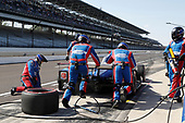 Verizon IndyCar Series<br /> IndyCar Grand Prix<br /> Indianapolis Motor Speedway, Indianapolis, IN USA<br /> Saturday 13 May 2017<br /> Takuma Sato, Andretti Autosport Honda, pit stop with Thuggy and Goon<br /> World Copyright: Michael L. Levitt<br /> LAT Images