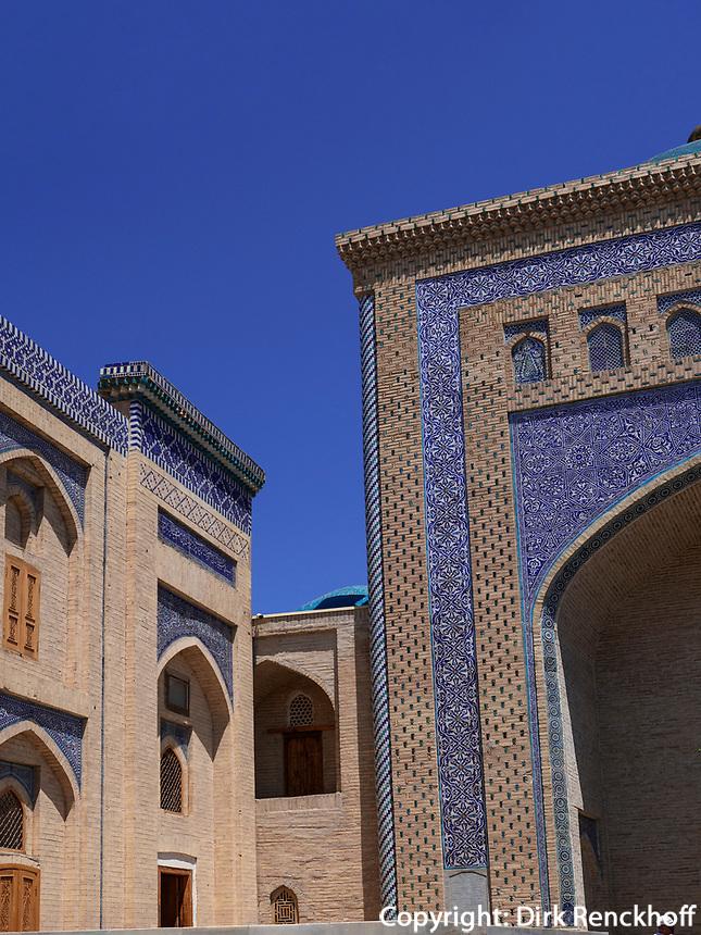 Mausoleum von Pakhlavan Makhmud , Xiva, Usbekistan, Asien, UNESCO-Weltkulturerbe<br /> Mausoleum of Pakhlavan Makhmud, historic city Ichan Qala, Chiwa, Uzbekistan, Asia, UNESCO heritage site