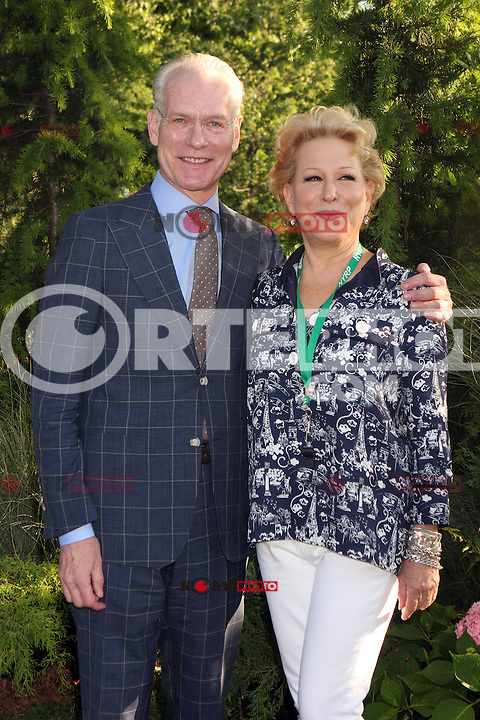 Tim Gunn and Bette Midler attending Bette Midler's New York Restoration Project's 11th annual Spring Picnic on The Cloisters Lawn at Fort Tryon Park in New York, 31.05.2012..Credit: Rolf Mueller/face to face /MediaPunch Inc. ***FOR USA ONLY***