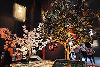 Milano - Rho Fiera 1/6/2015<br /> EXPO 2015. Il padiglione del Qatar espone cibo, prodotti agricoli e manufatti tradizionali.<br /> The Qatar pavilion exhibits food, agricultural products and traditional handcrafts. <br /> Foto Livio Senigalliesi