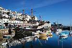 Great Britain, England, Devon, Brixham: The harbour, with replica of Sir Francis Drake's ship, Golden Hind | Grossbritannien, England, Devon, Brixham: Hafen mit Nachbau von Sir Francis Drake's Schiff, Golden Hind