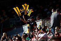 5th June 2021; Brentford Community Stadium, London, England; Gallagher Premiership Rugby, London Irish versus Wasps; Wasps fans celebrating after full time