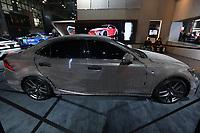 NEW YORK, EUA, 13.04.2017 - AUTOMÓVEL-NEW YORK -  Lexus IS Wrapped In Almost 42,000 LEDs display é visto durante o New York Internacional Auto Show no Javits Center na cidade de New York nesta quinyta-feira, 13. O evento é aberto ao público do dia 14 à 23 de abril de 2017 . (Foto: Vanessa Carvalho/Brazil Photo Press)