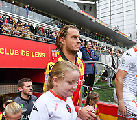 20191102 – Lens , France : Guillaume Gillet (27) of Lens pictured during a French Ligue 2 soccer game between Racing Club de Lens and FC Lorient , a football game on the 13th matchday in the French second league, on saturday 2 nd of November 2019 at the Stade Bollaert Delelis in Lens , France . PHOTO SPORTPIX.BE | DAVID CATRY