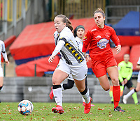 Megane Vos (20 Charleroi)  and Sheila Broos (20 Woluwe)in action during a female soccer game between FC Femina White Star Woluwe and Sporting Charleroi on the 10 th matchday of the 2020 - 2021 season of Belgian Scooore Womens Super League , Saturday 19 th of December 2020  in Woluwe , Belgium . PHOTO SPORTPIX.BE | SPP | SEVIL OKTEM