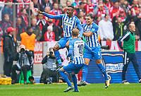 b Salomon KALOU, Hertha 8  goal,   2-2 ,, celebration  Karim REKIK, Hertha 4 Ondrej DUDA, Hertha 10 <br /> HERTHA BSC BERLIN - FC BAYERN MUENCHEN<br /> Football 1. Bundesliga , Muenchen,01.10.2017, 7. match day,  2017/2018, 1.Liga, 1.Bundesliga,FCB<br />  *** Local Caption *** © pixathlon<br /> Contact: +49-40-22 63 02 60 , info@pixathlon.de