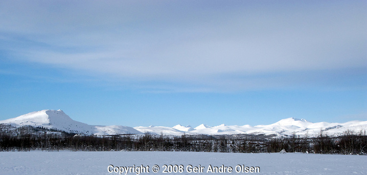 View towards Rondane national park in Norway from Venabygdsfjell