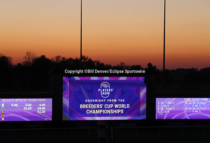 November 6, 2020 : Scenes from the end of Breeders' Cup Championship Friday at Keeneland Race Course in Lexington, Kentucky on November 6, 2020. Bill Denver/Eclipse Sportswire/Breeders' Cup/CSM