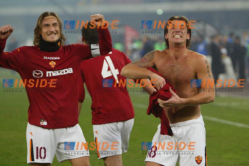 Verona 7 dicembre 2003 <br />Chievo Roma 0-3<br />Francesco Totti e Antonio Cassano esultano per il terzo gol della Roma<br />Foto Andrea Staccioli Insidefoto