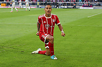 of  Thiago Alcantara #6 (FC Bayern Muenchen)  3:0, FC Bayern Muenchen vs. SC Freiburg, Football, 1.Bundesliga, 14.10.2017 *** Local Caption *** © pixathlon<br /> Contact: +49-40-22 63 02 60 , info@pixathlon.de