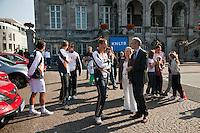 17-9-09, Netherlands,  Maastricht, Tennis, Daviscup Netherlands-France, Straattennis op de markt met het Daviscupteem