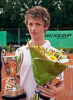 8-8-09, Asten,NJK,  Tennis, Jannick Lopescu winnaar jongens 16 jaar