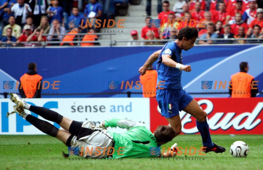 HAmburg 22/6/2006 World Cup 2006.Repubblica Ceca Italia 0-2.Photo Andrea Staccioli Insidefoto.filippo inzaghi segna il secondo gol per l'italia