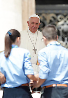 Papa Francesco incontra gli scout dell'Agesci in Piazza San Pietro, Citta' del Vaticano, 13 giugno 2015.<br /> Pope Francis meets Italian AGESCI boy scout association's members in St. Peter's Square at the Vatican, 13 June 2015.<br /> UPDATE IMAGES PRESS/Isabella Bonotto<br /> <br /> STRICTLY ONLY FOR EDITORIAL USE