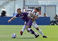 Franck Ribery of Fiorentina  Rodrigo Bentancur of Juventus  during the  italian serie a soccer match,Fiorentina - Juventus at  theStadio Franchi in  Florence Italy ,