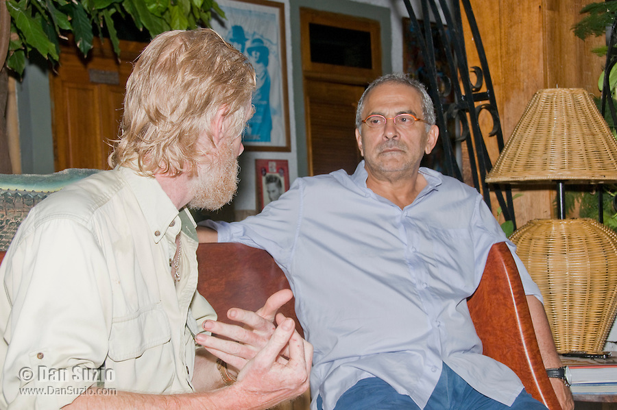 British herpetologist Mark O'Shea (left) speaks to President Jose Ramos-Horta during a meeting in which Professor Hinrich Kaiser of Victor Valley College, Victorville, California, presents his Initial Report on the Herpetofauna of Timor-Leste, at the President's home in Dili on February 4, 2010.  Professor Kaiser and his students are conducting the first scientific survey of the reptiles and amphibians of Timor-Leste (East Timor). O'Shea is a participant in the research project.