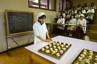 - Cinisello Balsamo (Milano), CFP ( Centro di Formazione Professionale ) CIOFS, scuola professionale per panettieri - pasticcieri....- Cinisello Balsamo (Milan), CFP ( Center for Professional Education ) CIOFS, professional school for bakers - pastry