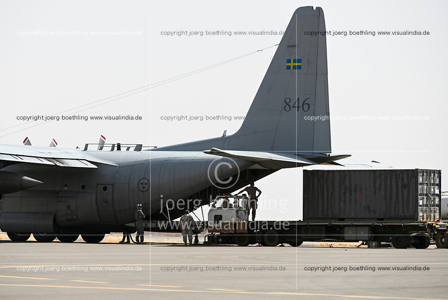 MALI, Gao, Minusma UN peace keeping mission, airport Gao, freight transport by swedish airforce with Lockheed C-130 Hercules