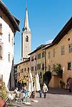 Italy, Alto Adige - Trentino (South Tyrol), Caldaro sulla strada del vino: village center   Italien, Suedtirol, Kaltern-Dorf: im Ortszentrum
