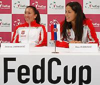 Tenis, Fed Cup 2011, play-off for group A.Slovakia Vs. Serbia, Official Draw.Jelena Jankovic, left and Ana Ivanovic.Bratislava, 15.04.2011..foto: Srdjan Stevanovic/Starsportphoto ©