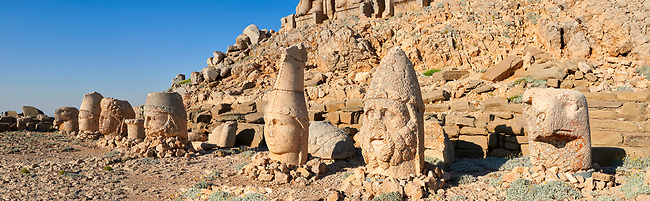 Statue heads, from right, Eagle, Herekles, Apollo, Zeus, Commagene, Antiochus, & Eagle, 62 BC Royal Tomb of King Antiochus I Theos of Commagene, east Terrace, Mount Nemrut or Nemrud Dagi summit, near Adıyaman, Turkey
