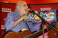 Peter Yarrow (Peter, Paul & Mary) 9-26-2009 Photo by Adam Scull-PHOTOlink.net