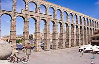 Roman aquaduct w/o mortar, 1st C BC, Segovia, Spain
