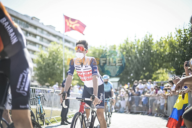 Trek-Segafredo arrive at sign on before the start of Stage 16 of La Vuelta d'Espana 2021, running 180km from Laredo to Santa Cruz de Bezana, Spain. 31st August 2021.     <br /> Picture: Charly Lopez/Unipublic | Cyclefile<br /> <br /> All photos usage must carry mandatory copyright credit (© Cyclefile | Unipublic/Charly Lopez)
