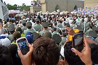 FUNDACION-MAGDALENA -COLOMBIA-28-05-2014.  Sepelio colectivo de los 33 ni–os que perecieron al incendiarse el bus en que eran transportados. /  Collective burial of the 33 children who perished in the fire that the bus were transported will be fulfilled. Photo: VizzorImage / Alfosnso Cervantes / Sringer