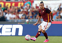 Calcio, Serie A: Roma vs Juventus. Roma, stadio Olimpico, 30 agosto 2015.<br /> Roma's Radja Nainggolan in action during the Italian Serie A football match between Roma and Juventus at Rome's Olympic stadium, 30 August 2015.<br /> UPDATE IMAGES PRESS/Riccardo De Luca