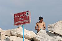 - Tunisia, the outer dam of the tourist port of Sidi Bou Said <br /> <br /> - Tunisia, la diga foranea del porto turistico di Sidi Bou Said