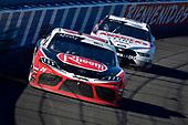 #20: Christopher Bell, Joe Gibbs Racing, Toyota Supra Rheem, #22: Austin Cindric, Team Penske, Ford Mustang America's Tire / Discount Tire