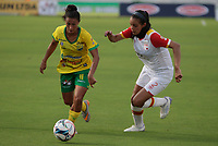 NEIVA  -COLOMBIA, 8-04-2017. Action game between Atletico Huila and Independiente  Santa Fe .  during match for the date  of the Women´s  Aguila League I 2017 played at Guillermo Plazas Alcid stadium . Photo:VizzorImage / Sergio Reyes   / Contribuidor