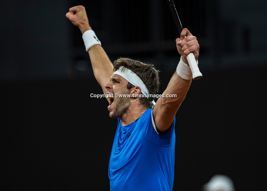 The Hague, The Netherlands, September 15, 2017,  Sportcampus , Davis Cup Netherlands - Chech Republic, First Rubber: Jiri Veseley scores the first rubber for Chech Republic and celebrates<br /> Photo: Tennisimages/Henk Koster