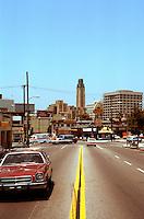 Los Angeles: Bullocks, Wilshire (from east). Still a landmark!   Photo '84.