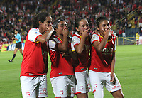 BOGOTA -COLOMBIA, 15-06-2017.Nancy Acosta player of Independiente Santa Fe womens celebrates his goal with his  parnerts agaisnt of Atletico Bucaramanga womens  during match for semifinals Women´s  Aguila League I 2017 played at Nemesio Camacho El Campin stadium . Photo:VizzorImage / Felipe Caicedo  / Staff