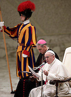 Papa Francesco tiene l'Udienza Generale del mercoledi' in aula Paolo VI in Vaticano, 28 dicembre 2016.<br /> Pope Francis leads his weekly general audience in Paul VI Hall at the Vatican, on December 28, 2016.<br /> UPDATE IMAGES PRESS/Isabella Bonotto<br /> <br /> STRICTLY ONLY FOR EDITORIAL USE