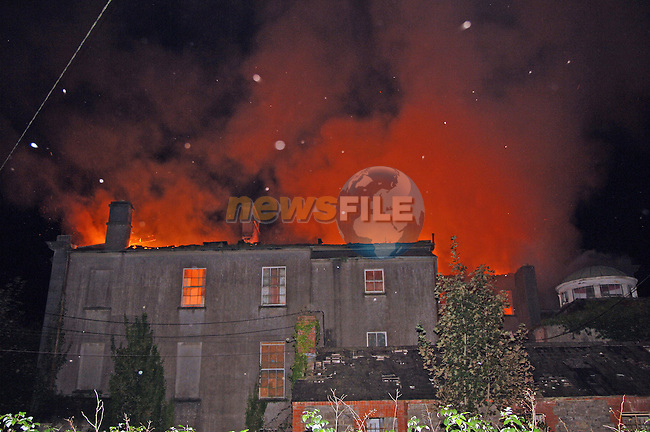 September 28th, 2006. Fire at Piltown House, Piltown, Drogheda. The fire was reported shortly after 10pm Thursday night and was attended to by two units of Drogheda Fire Brigade and one unit from Balbriggan Fire Brigade...Photo: BARRY CRONIN/Newsfile..(Photo credit should read BARRY CRONIN/NEWSFILE).<br />